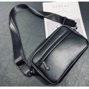 Túi đeo chéo dáng hộp đen trơn 1