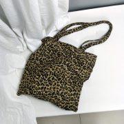 Túi vải tote họa tiết da beo 6